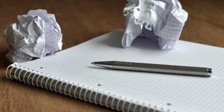 きしもとデザインブログのノートと紙